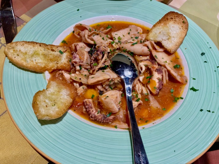 Zuppetta di calamari e polpo piccantina