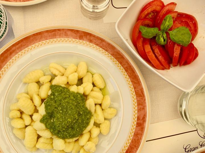 Pesto Soslu Gnocchi